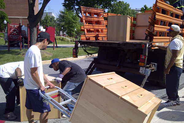Furniture Movers: Signs that you need to look for a new house